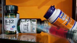 Витамин б12 на инжекции дозировка-колко витамин б12 се инжектира